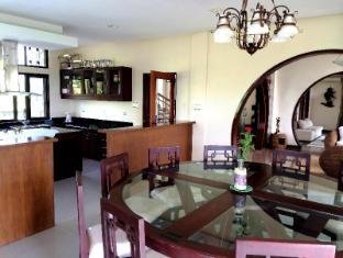 The Manor at Puerto Galera بويرتو جاليرا - المظهر الداخلي للفندق