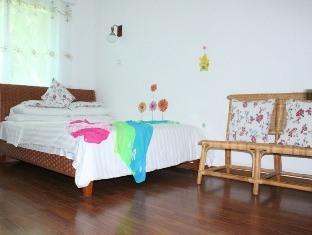 Sunny Sanya Family Inn - Room type photo