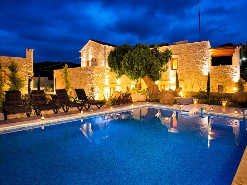 Arcus Suites & Villas - Crete Island