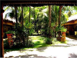 Red Coconut Garden Resort - More photos