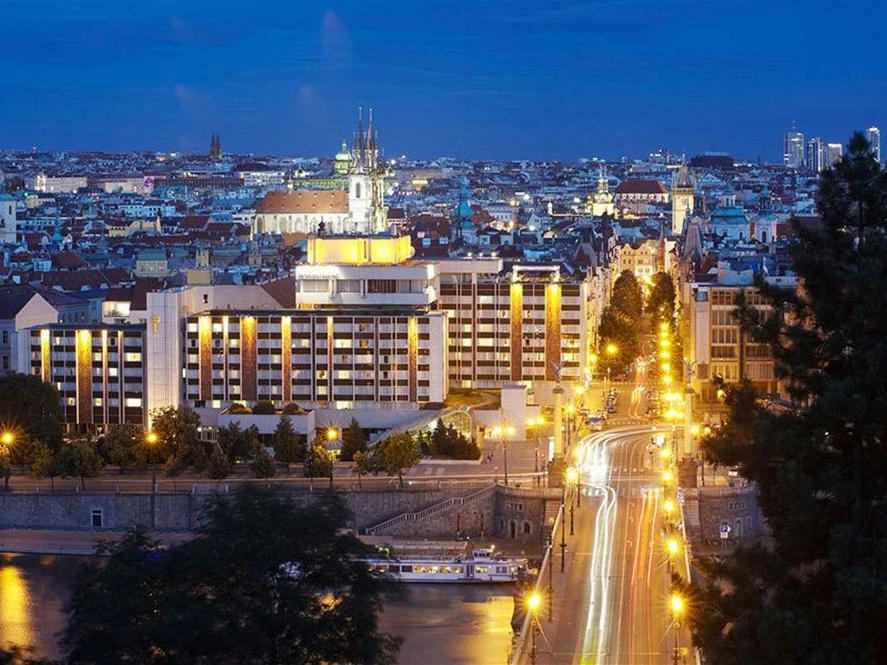 Intercontinentals And Resorts Prague