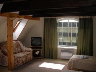 Villa Marleen Guest House פרנו - חדר שינה