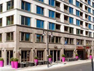Adina Apartment Hotel Berlin Hackescher Markt Berliini - Hotellin ulkopuoli