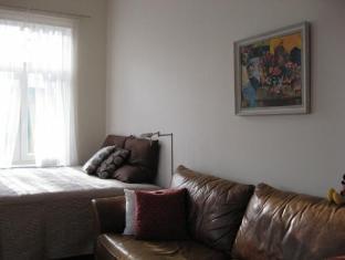 Apartment Sundaymorning بارنو - غرفة الضيوف