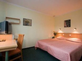 Arabella Hotel קורסארה - חדר שינה