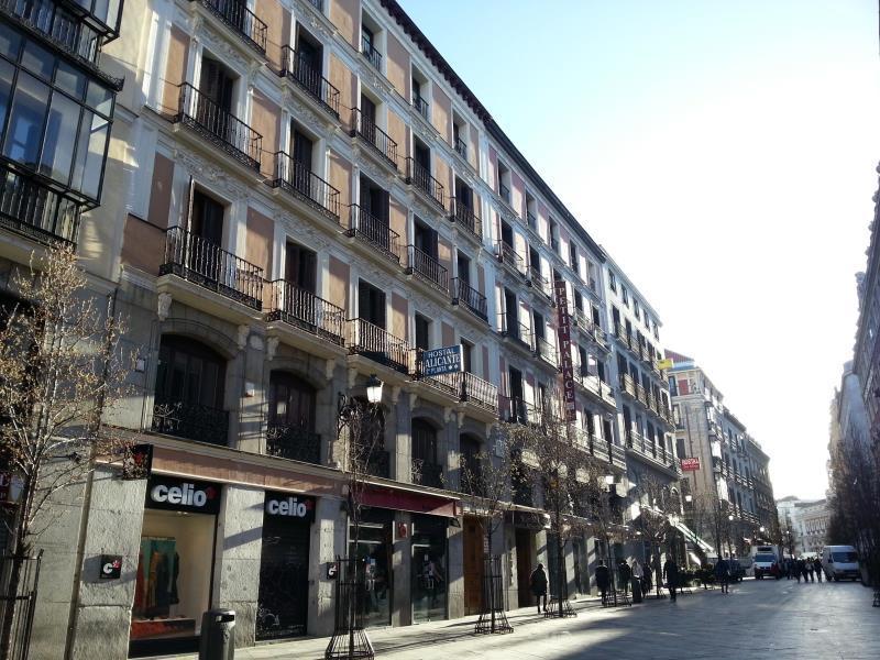 Hostal Alicante City Center Madrid Spain Great