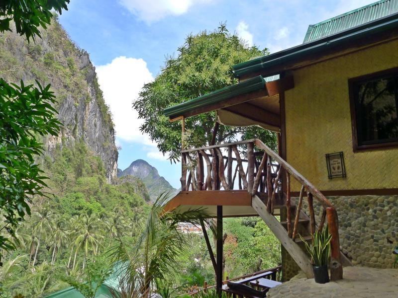 El Nido Viewdeck Cottages - Hotels and Accommodation in Philippines, Asia