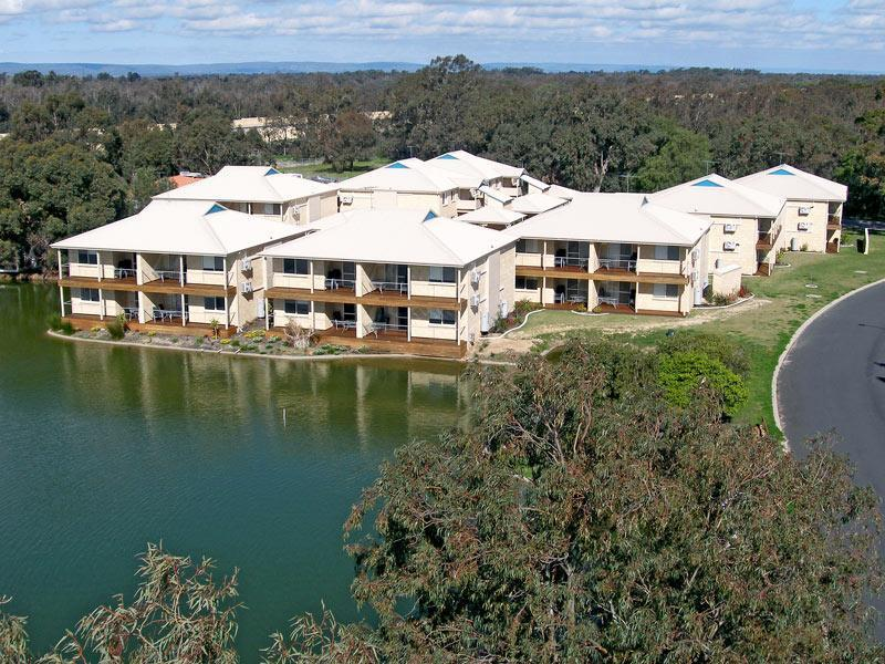 Lakeside Holiday Apartments - Hotell och Boende i Australien , Mandurah