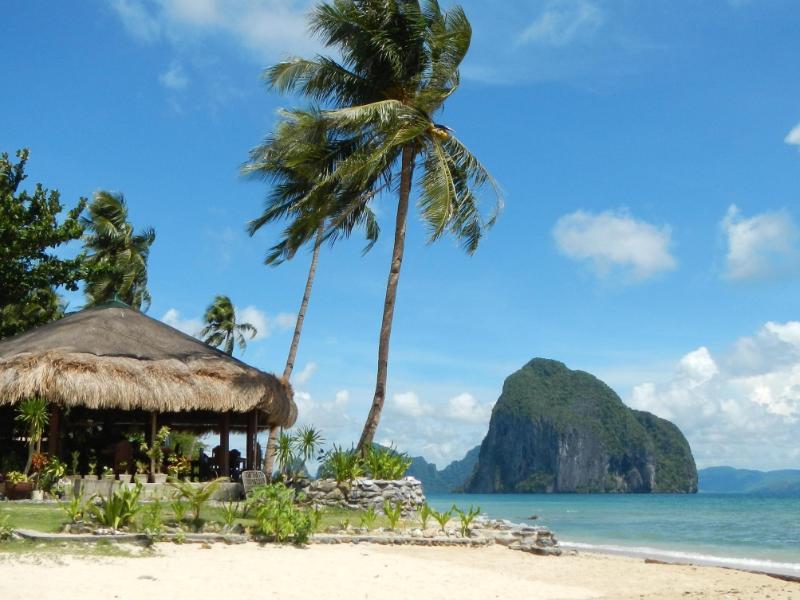 Las Cabanas Beach Resort1