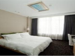 Carat Hotel - Room type photo