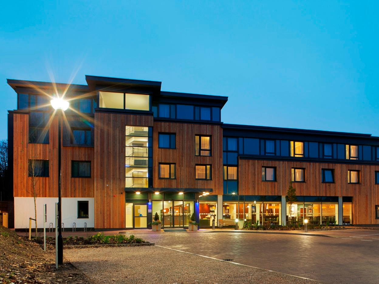 Holiday Inn Express Cambridge-Duxford M11 JCT.10 - Hotels and Accommodation in New Zealand, Pacific Ocean And Australia