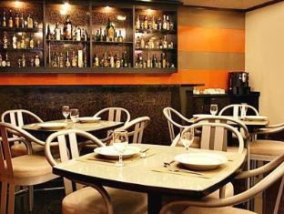 Riviera Mansion Hotel Manila - Restaurant