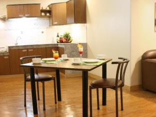 Riviera Mansion Hotel Manila - Superior Room - Living Area