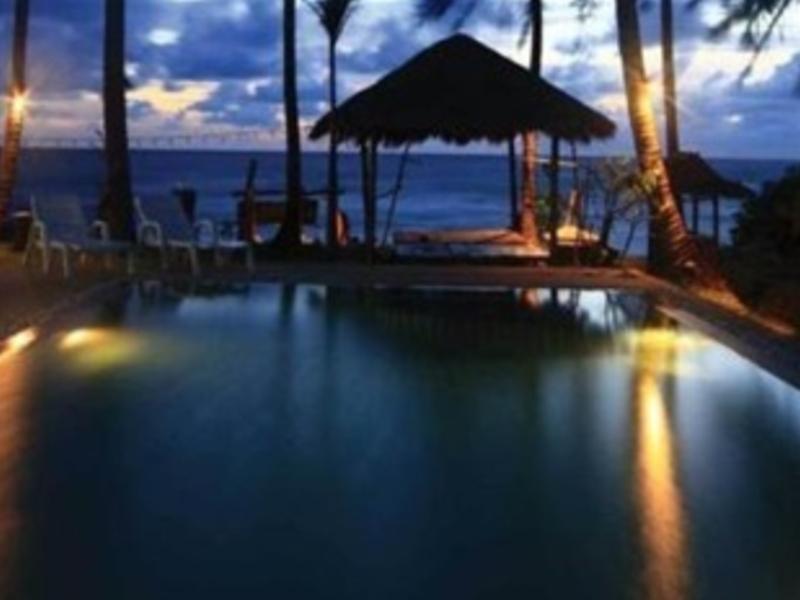 Moonwalk Lanta Resort