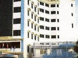 Royal Palace Hotel Phnom Penh - Hotellin ulkopuoli