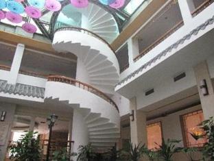 Yangshuo New Century Hotel (VIP Building) - More photos