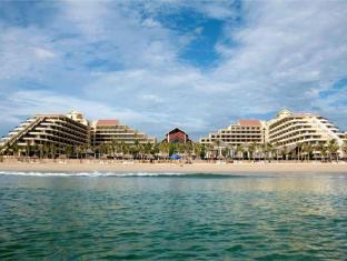 Crowne Plaza Danang (原名: Silver Shores International Resort)