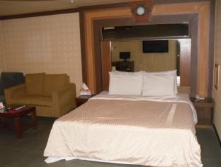 Gremmy Motel - Room type photo