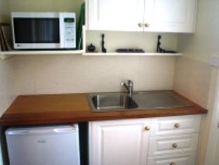 Huonville Guesthouse - More photos