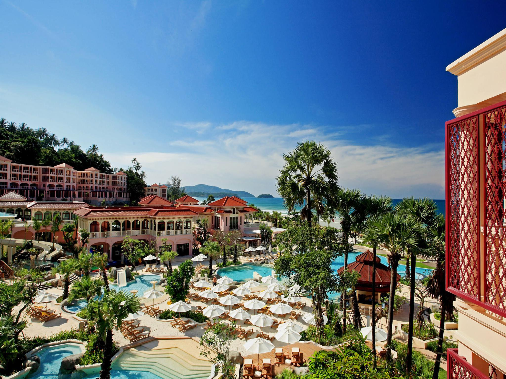 Centara Grand Beach Resort Phuket プーケット
