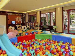 Centara Grand Beach Resort Phuket Phuket - Kid's club