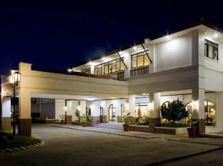 Plaza Del Norte Hotel and Convention Center Лаоаг - Экстерьер отеля