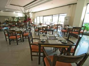Plaza Del Norte Hotel and Convention Center Laoag gebied - Restaurant