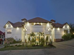 Plaza Del Norte Hotel and Convention Center Laoag gebied - Hotel exterieur