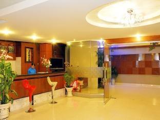 Thi Thao Hotel - More photos