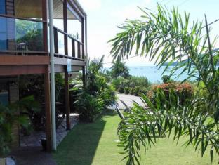 Airlie Waterfront Bed and Breakfast Whitsunday Islands - होटल बाहरी सज्जा