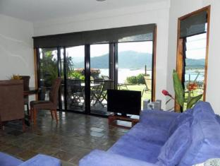 Airlie Waterfront Bed and Breakfast Whitsundays - notranjost hotela