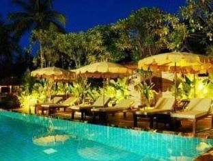 Villa Wanida Garden Resort Pattaya - Swimming pool