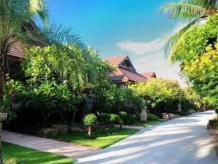 Villa Wanida Garden Resort Pattaya - View