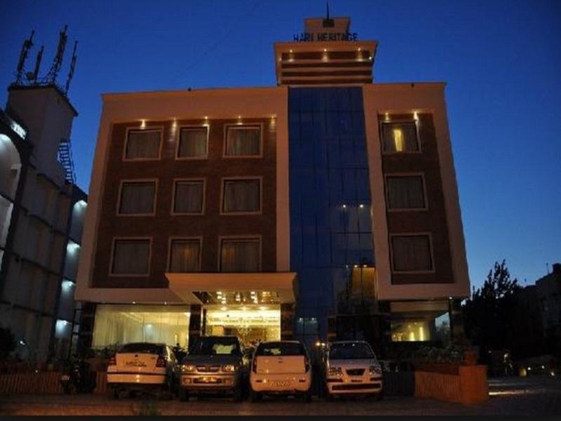 Hotel Hari Heritage - Hotell och Boende i Indien i Haridwar