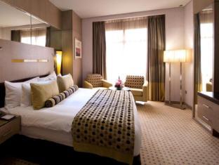 TIME Grand Plaza Hotel Dubai - Hotellihuone