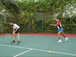 Batavia Apartments Jakarta - Tennis Court