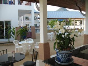 Nadivana Serviced Apartment Krabi - Food, drink and entertainment