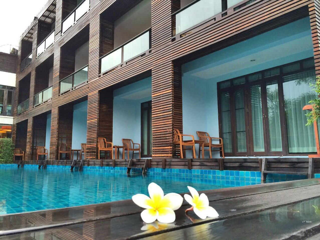 The Bihai Hotel