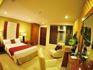 Home Crest Residences - Room type photo