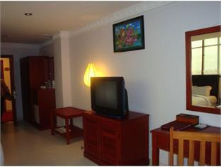 Wenzhou Business Hotel Phnom Penh - Television