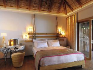 Constance Moofushi Maldives Islands - Beach Villa - Bedroom