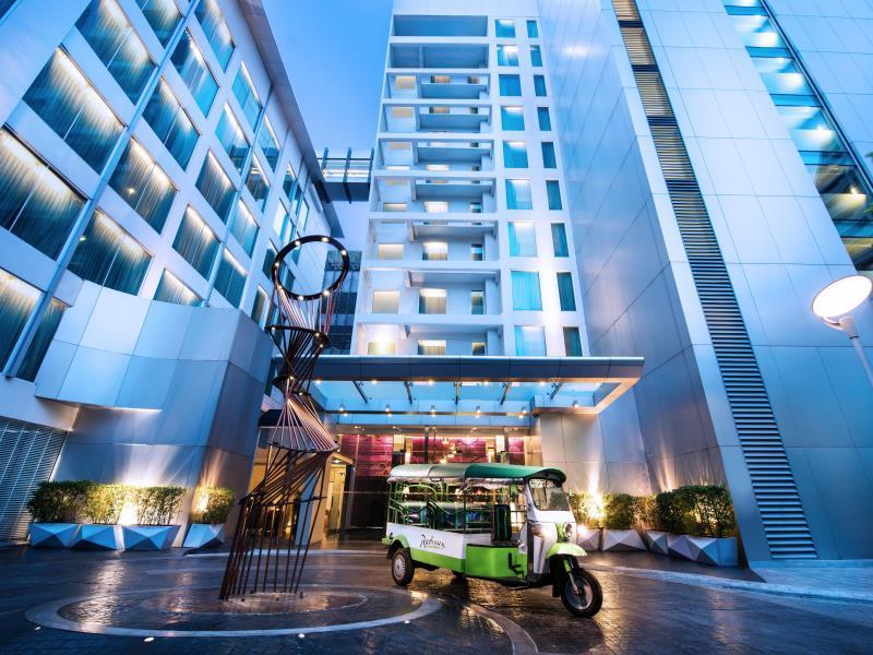 Radisson Suites Bangkok Sukhumvit - Hotell och Boende i Thailand i Asien