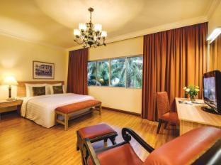 The Qamar Paka Resort Paka - Villa