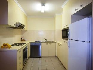 Kingston Terrace Serviced Apartments - More photos