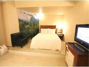 Kindness Hotel Lio He Ye Shi - Room type photo