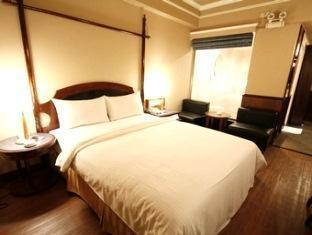 Kindness Hotel Quang Hua - More photos