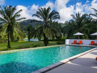 Tinidee Golf Resort @ Phuket फुकेत - तरणताल