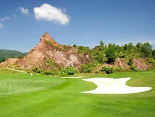 Tinidee Golf Resort @ Phuket फुकेत - गोल्फ कोर्स
