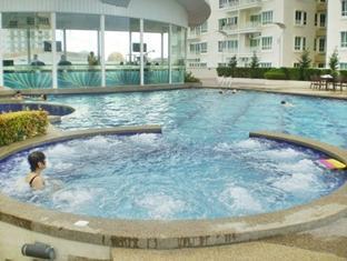 YYK 1Borneo Condominium - More photos