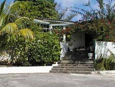 San San Tropez - Hotels and Accommodation in Jamaica, Central America And Caribbean